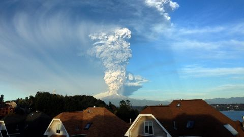Authorities order people to evacuate within a 12.4-mile (20-kilometer) zone of the volcano.