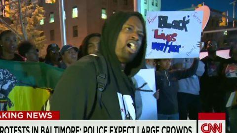 tsr lemon dnt police citizen mistrust baltimore_00012405.jpg
