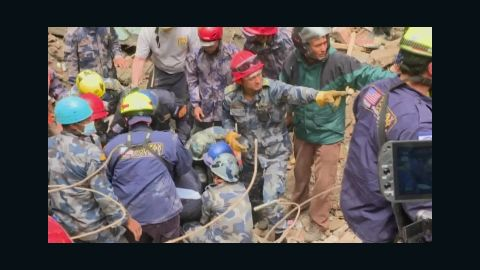 pkg udas nepal rescue survivors_00000011.jpg