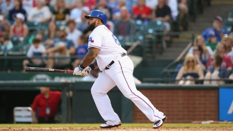 Fellow baseballer Prince Fielder of the Texas Rangers is a self-described vegetarian who is fast approaching 300 career home runs. His frame of 183 cm and 125 kg (6 foot, 275 lbs) also categorizes him as obese in terms of BMI.