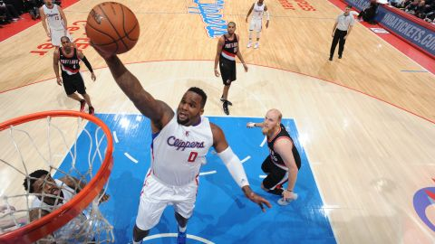 Davis is playing effective minutes in the Clippers' playoff run. At 206 cm tall (6-foot 9-inches), his BMI of over 30 qualifies him as obese -- however, the index is often criticized for not distinguishing between muscle and fat.