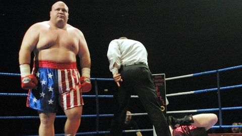 """Super-heavyweight fighter Eric """"Butterbean"""" Esch (L) has 77 career victories in the ring. At 193 kg (425 lbs), he is one of the heaviest professional athletes in history. His BMI of nearly 59 is beyond categorization on the scale."""