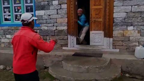 ct nepal langtang earthquake video_00002925.jpg