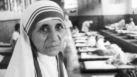 """Agnes Gonxha Bojaxhiu, or """"Mother Teresa,"""" won the Nobel Peace Prize in 1979 for dedicating her life to helping the poor. Her foundation in Kolkata, India, """"The Missionaries of Charity,"""" took care of orphans, the sick and elderly. In 2003, she was beatified."""