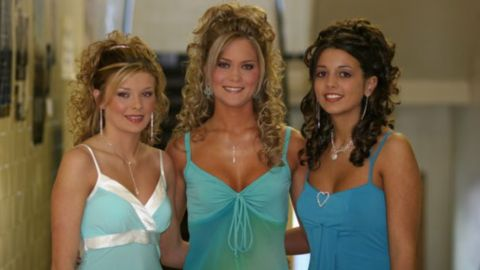 Tawny Willoughby, center, was a frequent tanner as a teenager -- a lifestyle choice she now regrets.