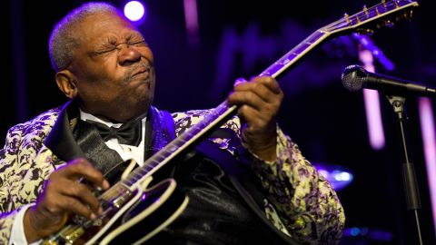 """Blues legend <a href=""""http://www.cnn.com/2015/05/15/entertainment/bb-king-dead/index.html"""">B.B. King</a>, who helped bring blues from the margins to the mainstream, died May 14 in Las Vegas, according to his daughter Patty King. Two weeks earlier, it was announced that King was in home hospice care after suffering from dehydration. He was 89."""