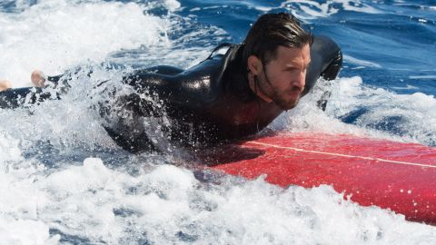 """""""Point Break"""" is a cult classic, and<a href=""""https://www.youtube.com/watch?v=ncvFAm4kYCo"""" target=""""_blank"""" target=""""_blank""""> the trailer for the upcoming remake</a> drew mixed reviews."""