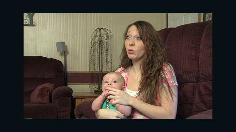 mom blasted on facebook for breastfeeding pkg_00005518.jpg