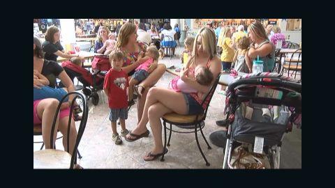 breastfeeding nurse-in protest pkg _00000213.jpg