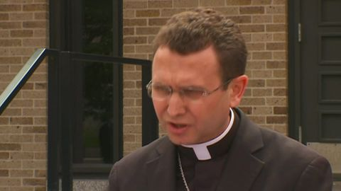 archbishop resigns minnesota abuse scandal sot_00003326.jpg