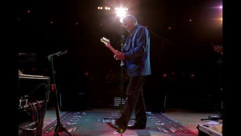 """CNN Films presented the documentary <a href=""""http://www.cnn.com/shows/glen-campbell-ill-be-me"""" target=""""_blank"""">""""Glen Campbell ... I'll Be Me,""""</a> which followed his goodbye tour across America in 2011."""