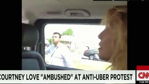 courtney love uber protest moos dnt erin _00004509.jpg