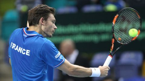 Fulfilling a lifelong ambition, Mahut made his Davis Cup debut for France at the not so tender age of 33 in March 2015 against Germany. He and Julien Benneteau clinched the first-round tie.