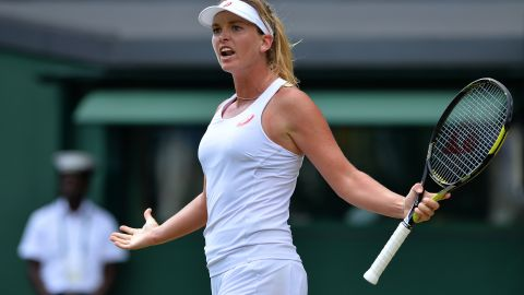 Vandeweghe, whose uncle Kiki played in the NBA, got the crowd off their feet with her shot-making. She accused Sharapova of gamesmanship.