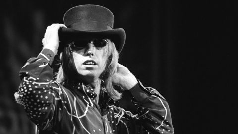 UNITED STATES - JUNE 23:  ALPINE VALLEY  Photo of Tom PETTY, Tom Petty performing live onstage, wearing hat  (Photo by Ebet Roberts/Redferns/Getty Images)