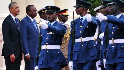 U.S. President Barack Obama and Kenyan President Uhuru Kenyatta inspect an honor guard on July 25, 2015 at the State House in Nairobi.