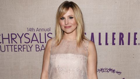 """When she heard about a little girl with an inoperable brain tumor, who was also a big fan of """"Frozen,"""" Kristen Bell called the girl to share a special message from """"Princess Anna."""""""