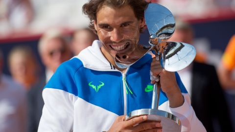 Nadal hasn't made any coaching changes yet and with Toni looking on, he won a tournament in Hamburg a week ago. He didn't, however, have to face anyone inside the top 25.