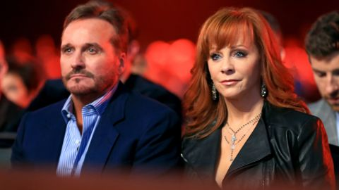 """After 26 years of marriage,<a href=""""http://www.cnn.com/2015/08/03/entertainment/reba-mcentire-split/index.html""""> Narvel Blackstock and Reba McEntire</a> divorced on October 28, after a separation of a few months, McEntire announced in late December. Though their marriage has ended, the couple will continue to work together. Blackstock is McEntire's manager."""