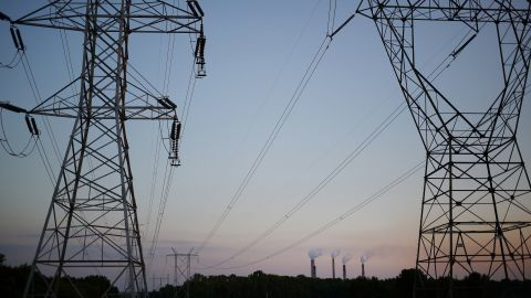 Powerlines stand near the Duke Energy Corp. Gibson Station power plant in Owensville, Indiana, U.S., on Thursday, July 23, 2015. Coal reclaimed its ranking as the top fuel for generating electricity at U.S. power plants in May, beating natural gas, which took the number one spot for the first time in April.