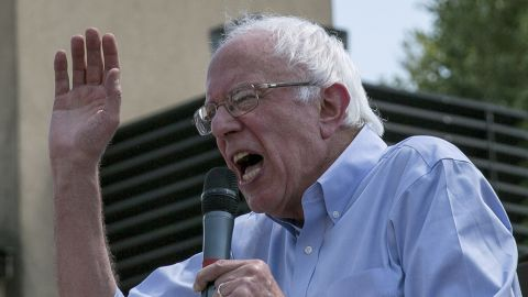 Democratic presidential candidate US Sen. Bernie Sanders (I-VT) speaks at the Des Moines Register Soapbox at the Iowa State Fair on August 15, 2015.