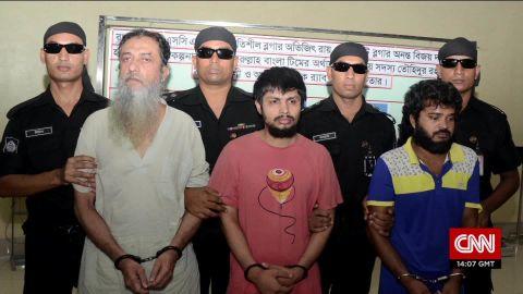 udas looklive bangladesh blogger killers_00000914.jpg