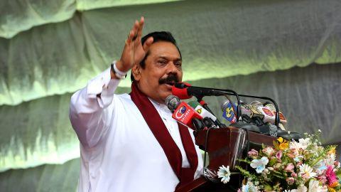Mahinda Rajapaksa speaks to voters on August 14, 2015 in Kandy, Sri Lanka.