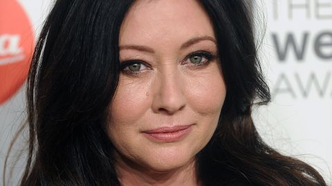 """In August 2015, actress Shannen Doherty <a href=""""http://www.people.com/article/shannen-doherty-breast-cancer"""" target=""""_blank"""" target=""""_blank"""">confirmed to People </a>that she is undergoing treatment for breast cancer. She went public with the news after TMZ reported she was suing a former business manager, accusing her of letting the star's health insurance lapse. In August 2016, she said that the cancer has spread and she's had a single mastectomy."""