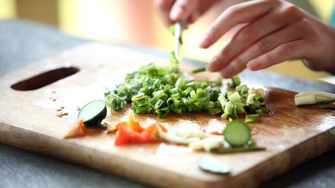 """Cooking may seem like a hassle, but 30 minutes in the kitchen can burn about 100 calories. Sure, it would be much easier to pick up dinner on the way home, but """"you don't get the benefits of chopping and moving around,""""  Lofton said."""