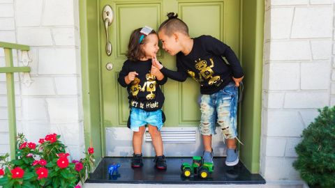 """Forget """"boy stuff"""" and """"girl stuff."""" <a href=""""http://www.jessyandjack.com/"""" target=""""_blank"""" target=""""_blank"""">Jessy & Jack </a>believes those terms are silly and offers a line of gender neutral baby and children's clothes and accessories."""