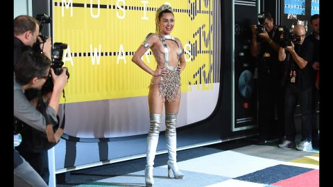 Miley Cyrus arrives at the MTV Video Music Awards at the Microsoft Theater on Sunday, Aug. 30, 2015, in Los Angeles. (Photo by Jordan Strauss/Invision/AP)