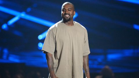 """Kanye West had a bit of fun dropping in on the """"American Idol"""" judges."""