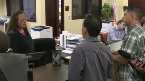 heated confrontation clerk denying marriage licenses kentucky pkg_00003430.jpg