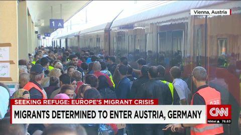 austria/migrant determined to enter austria/pleitgen/pkg_00012513.jpg