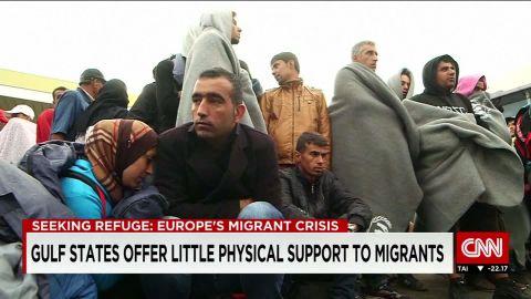 united arabe emiratest/gulf states offer little help to migrants/becky anderson/pkg_00000426.jpg