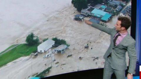japan breached levee van dam live_00005325.jpg