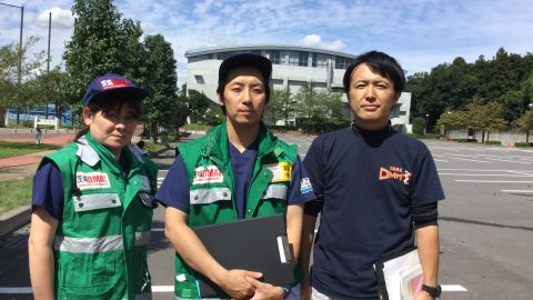 Noriko Okubo, nurse (l), Tsubasa Serizawa, coordinator (c), Shingo Ishihara, coordinator (r), members of the Ibaraki DMAT.