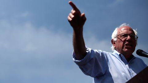 Democratic presidential candidate U.S. Sen. Bernie Sanders (I-VT) speaks while campaigning on August 16, 2015 in Eldridge, Iowa.