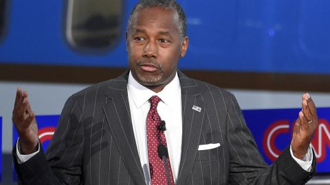 Carson responds to a question.