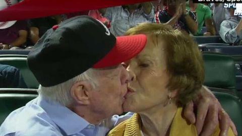 nr kiss cam Braves Jimmy Carter_00000902.jpg