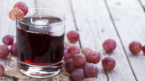 Other fruits juices, such as grape juice, account for 9% of youth fruit intake.
