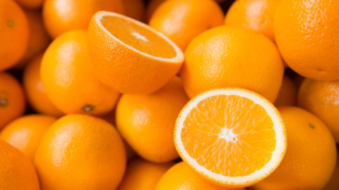 Citrus fruits, such as oranges, account for 4.6% of youth fruit intake.