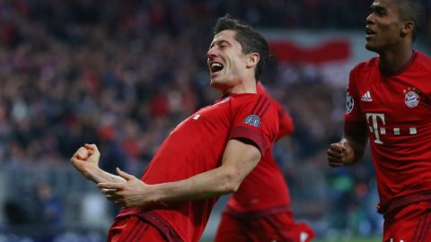 His second hat-trick of the season helps Bayern beat Dinamo Zagreb 5-0 in the Champions League.