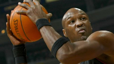 Odom plays for the Miami Heat in December 2003.