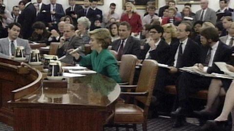 hillary clinton as congressional witness origwx bw_00000000.jpg