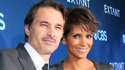 """Olivier Martinez and Halle Berry announced October 27 that they've called it quits after two years of marriage. """"It is with a heavy heart that we have come to the decision to divorce,"""" the actors said in a joint statement."""