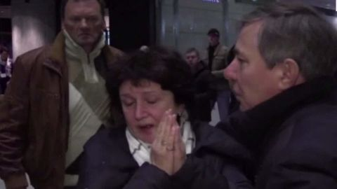 russia egypt plane crash bodies robertson lklv_00011709.jpg