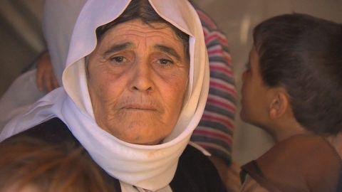 yazidi refugees mount sinjar elbagir pkg amanpour_00004014.jpg
