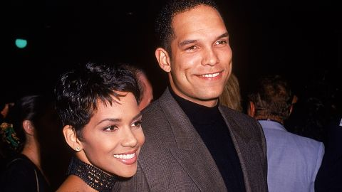Halle Berry was married to former MLB player David Justice from 1992 to 1997.