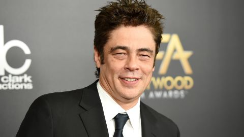 """Actor Benicio Del Toro wears a lucky ring featuring wood instead of a stone. """"What I like is that I can knock on wood anytime,"""" <a href=""""http://www.people.com/people/archive/article/0,,20134361,00.html"""" target=""""_blank"""" target=""""_blank"""">Del Toro told Talk magazine</a>."""